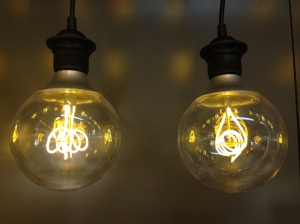 2 lightbulbs